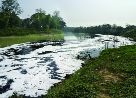 riviere polluee